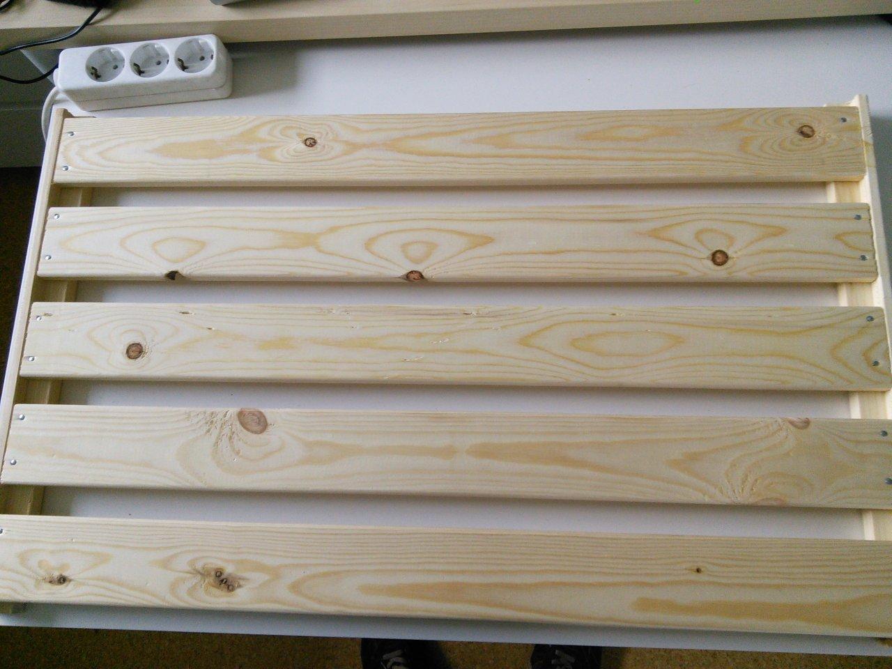 Ikea hejne  Pedalboard-Eigenbau aus Ikea Hejne Regalboden | Musiker-Board