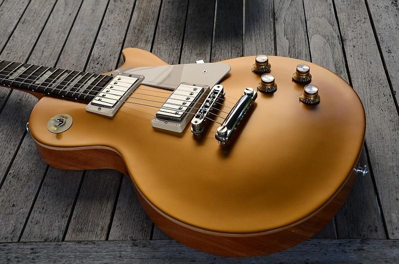14 Gibson Les Paul Tribute T 2017 Goldtop 10.jpg