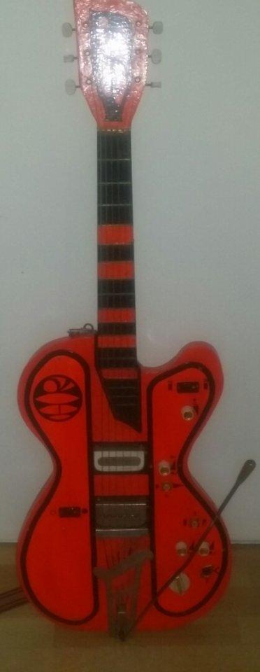 Tolle Wie Man Eine Bassgitarre Verkabelt Fotos - Elektrische ...