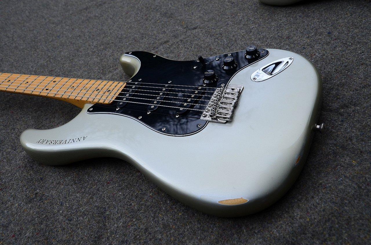 27 Fender Stratocaster 25 Anniversary 1979 10.jpg