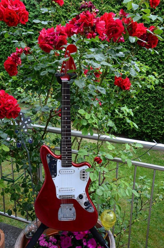 29 Fender Jaguar Japan 17.jpg