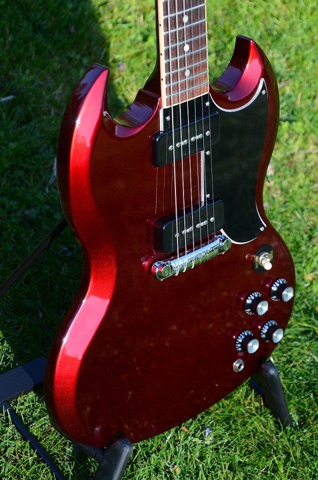 54 Gibson SG Special 2019 Vintage Sparkling Burgundy 30.jpg