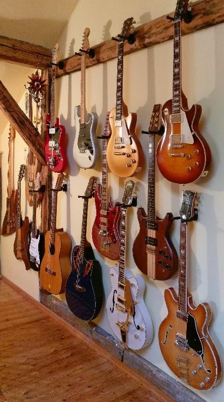 99 Gitarren 21.jpg
