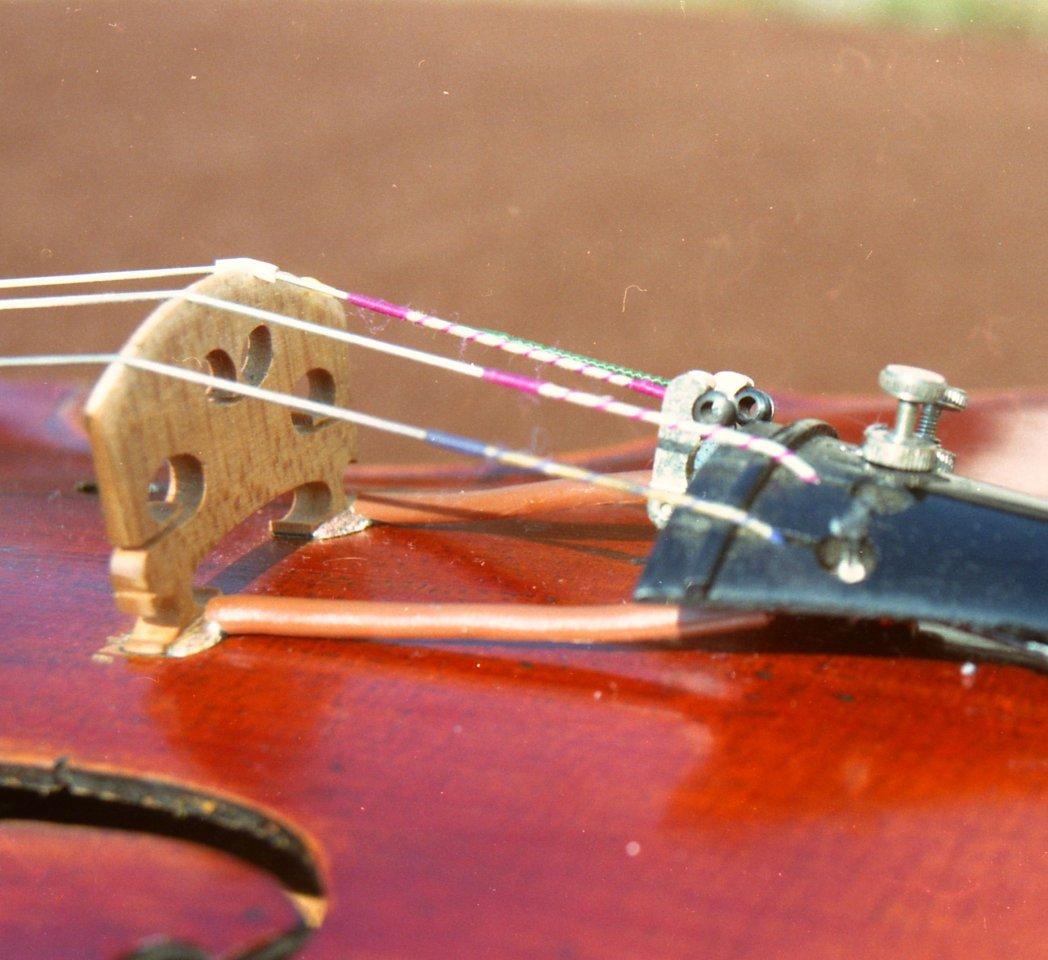 Akustische Geige mit K&K Twin Spot_04.jpg