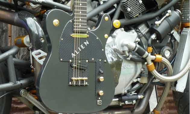 alien-bike-gitarre