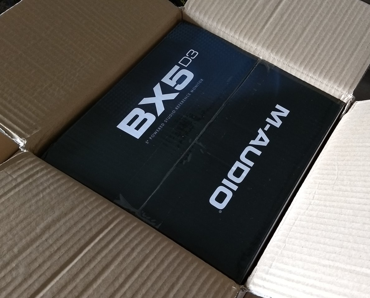 Auspacken_2_bx5.jpg