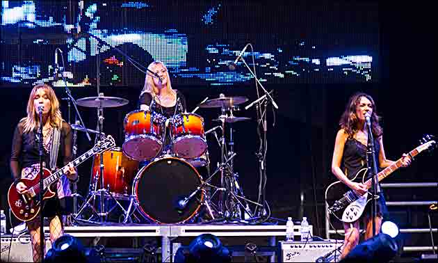 Bangles live 2012