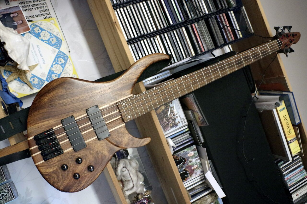 bass klein.jpg