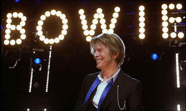 David Bowie live in Chicago 2002