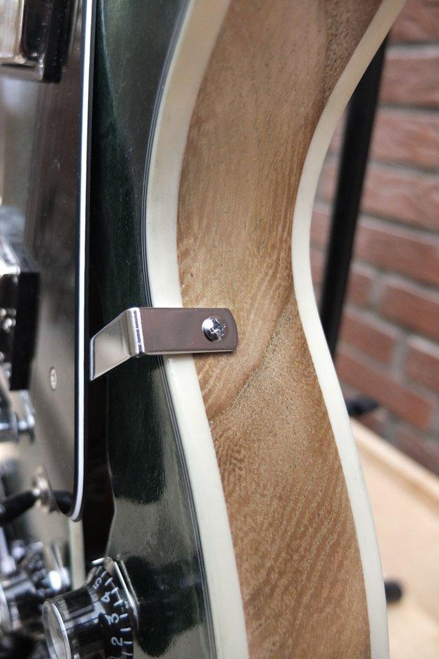 dc guitar12.jpg