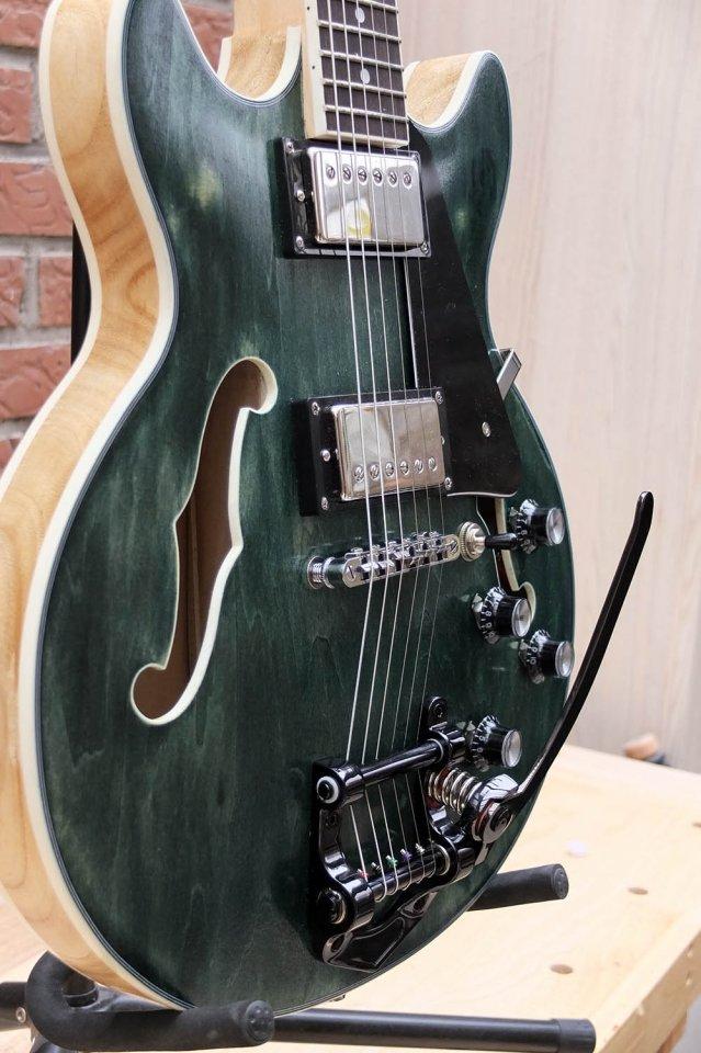 dc guitar5.jpg