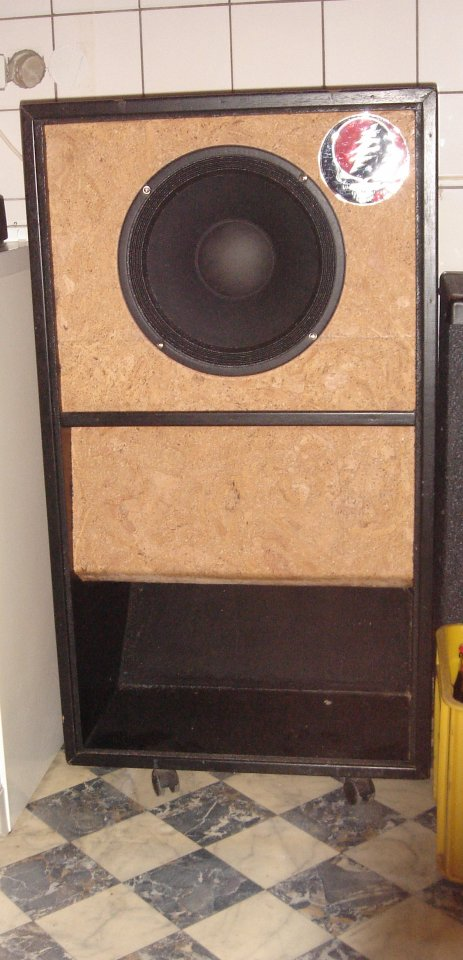 neue speaker in alte subwoofer cabs musiker board. Black Bedroom Furniture Sets. Home Design Ideas