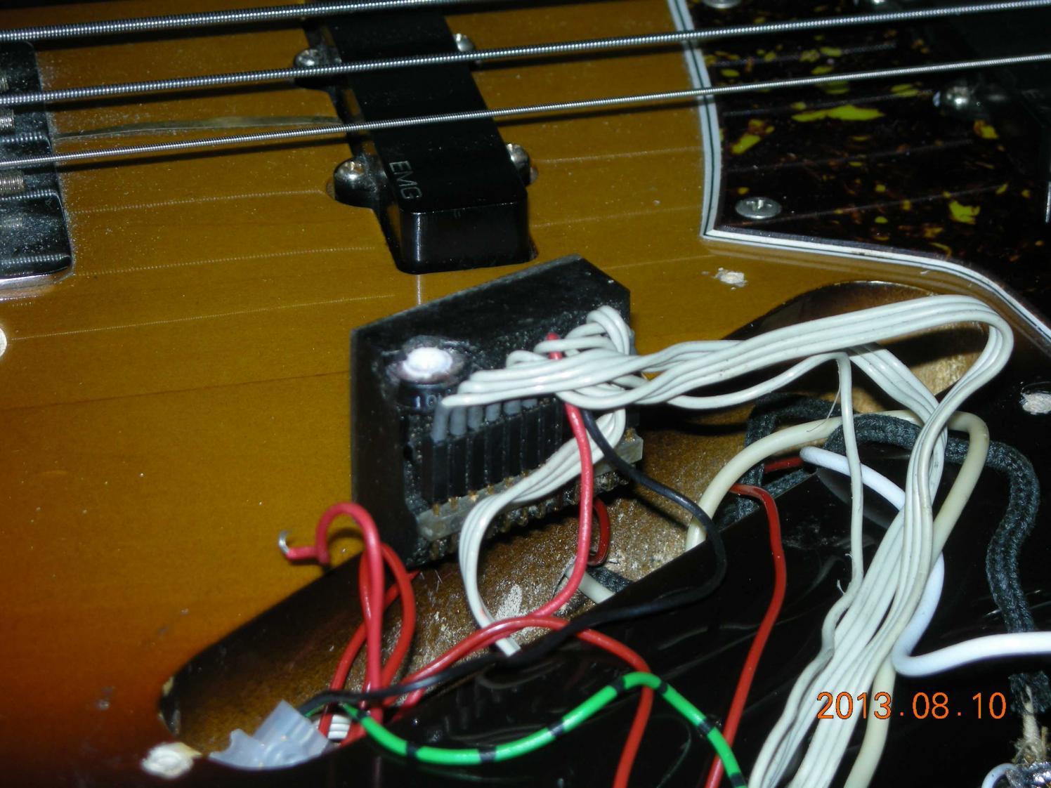 Tolle Jazz Bass Schaltplan Fotos - Schaltplan Serie Circuit ...