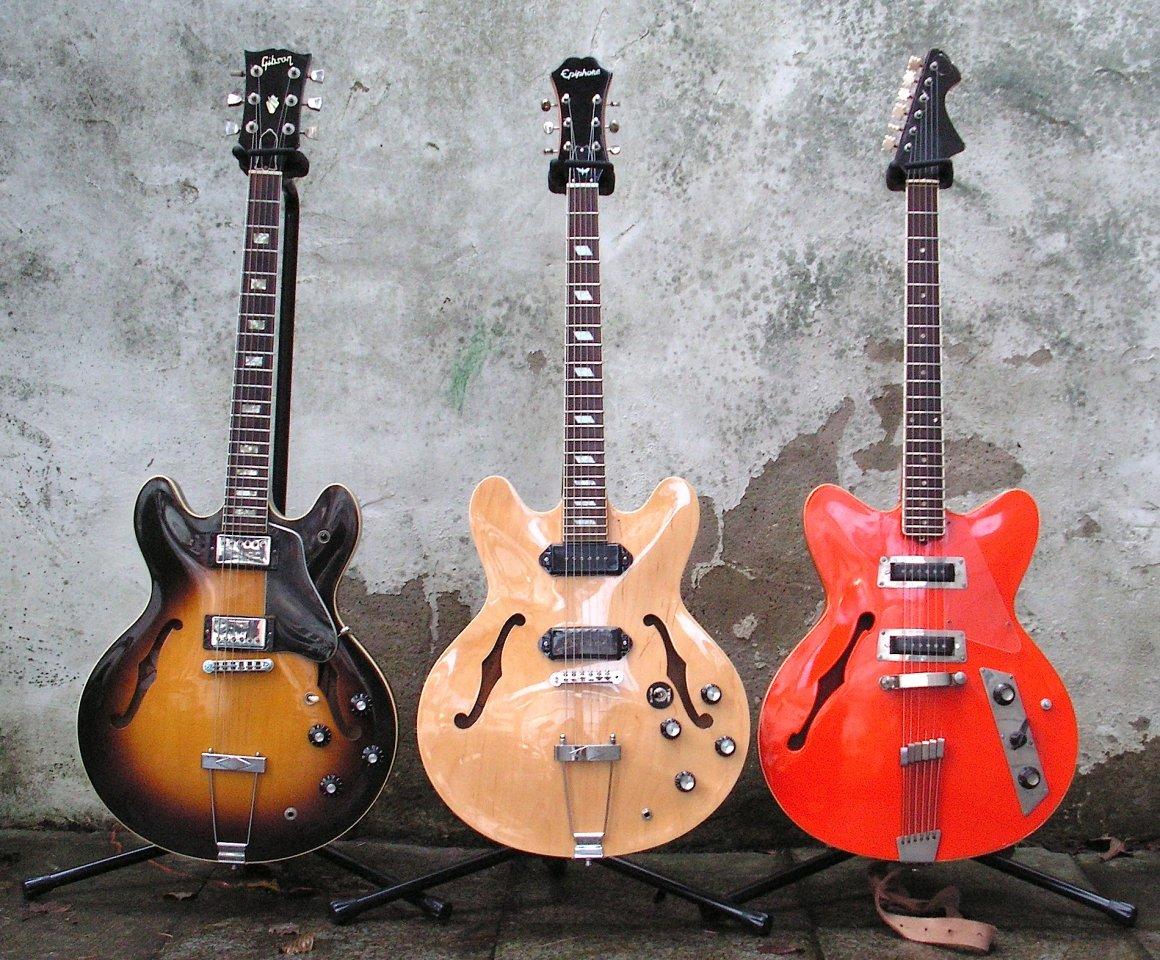Electric Spanish Day - Gibson ES 335 TD 1978, Epiphone Unsung Casino 2005, Jolana Kolor 1973.jpg