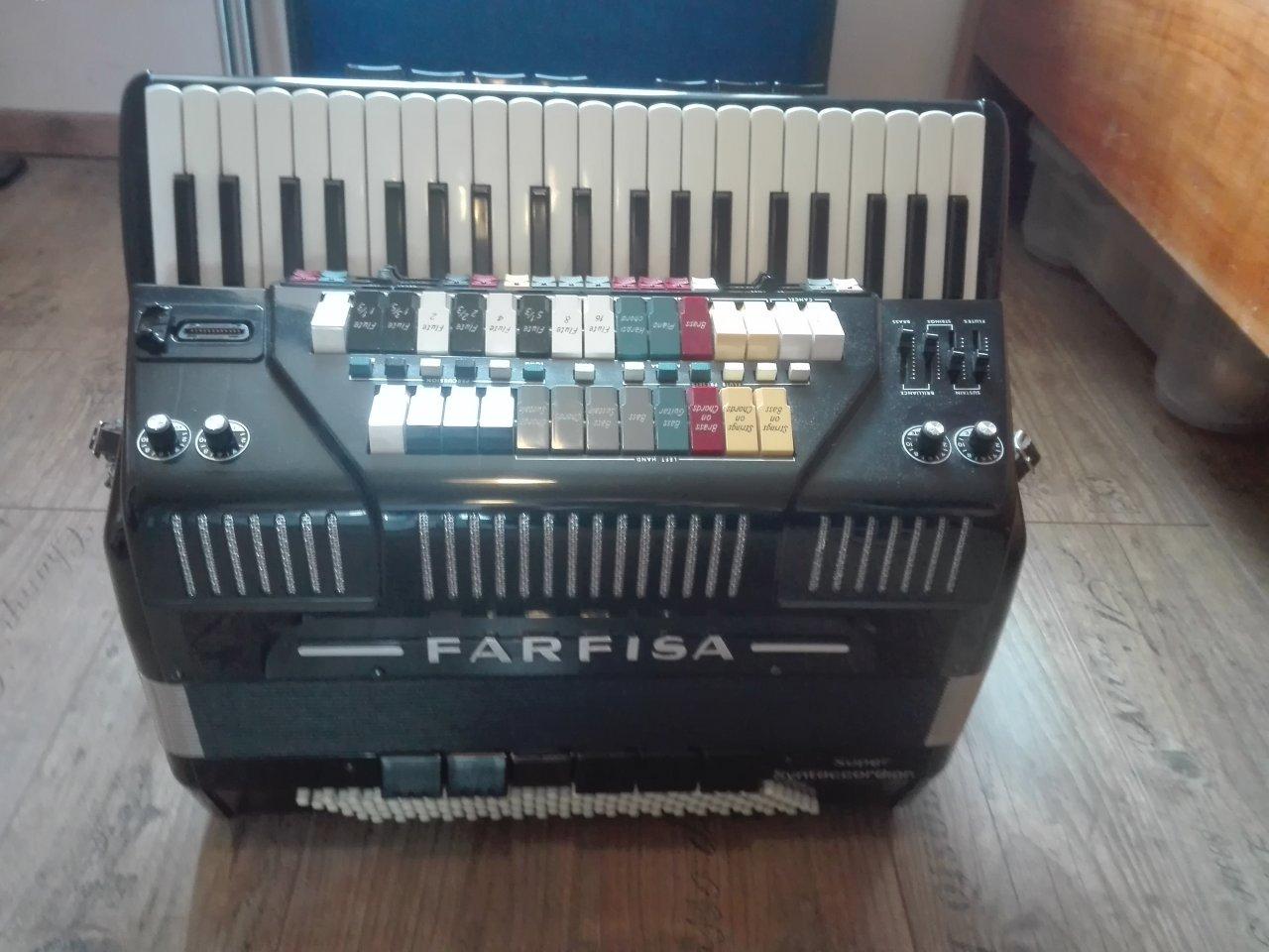 Farfisa Super Syntaccordion.jpg