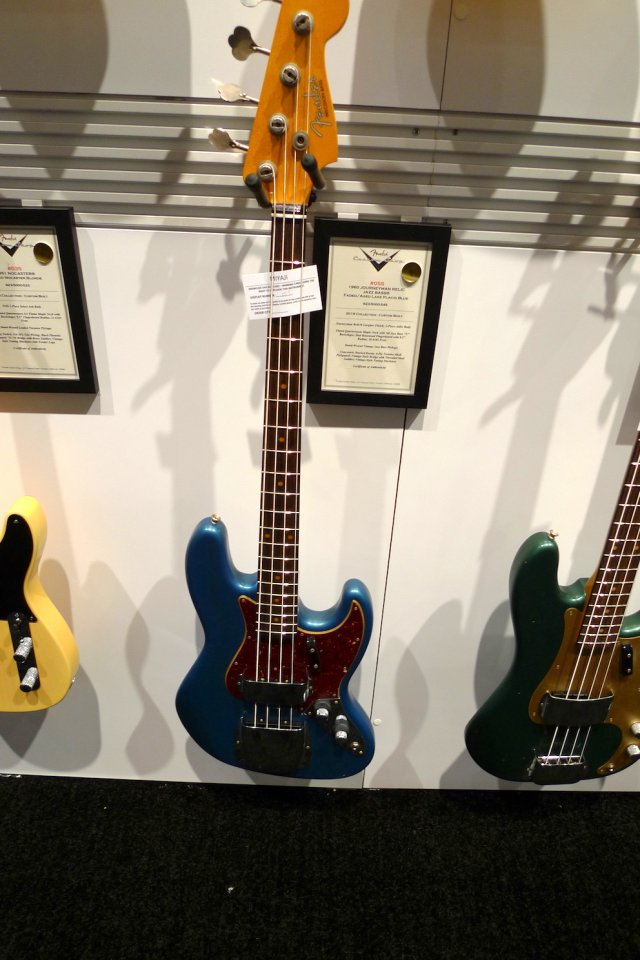 FenderA25.JPG