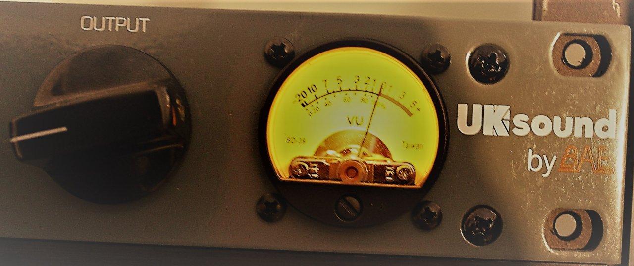 Front 1 VU und Output.jpg