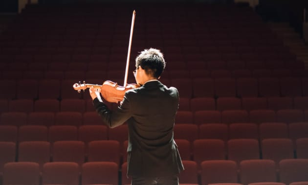 geige_Stradivari.jpg