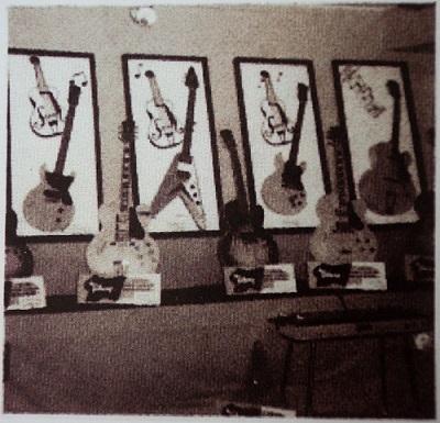 Gibson Flying V 1958 2.jpg