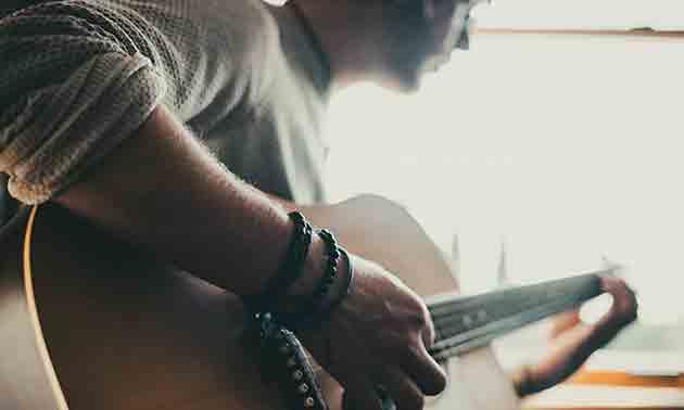 gitarre-fortschrittt-krise