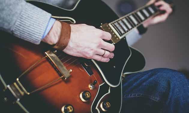 gitarre-lernen-im-hohen-alter