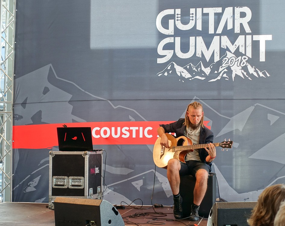 Guitar-Summit-2018-72.jpg