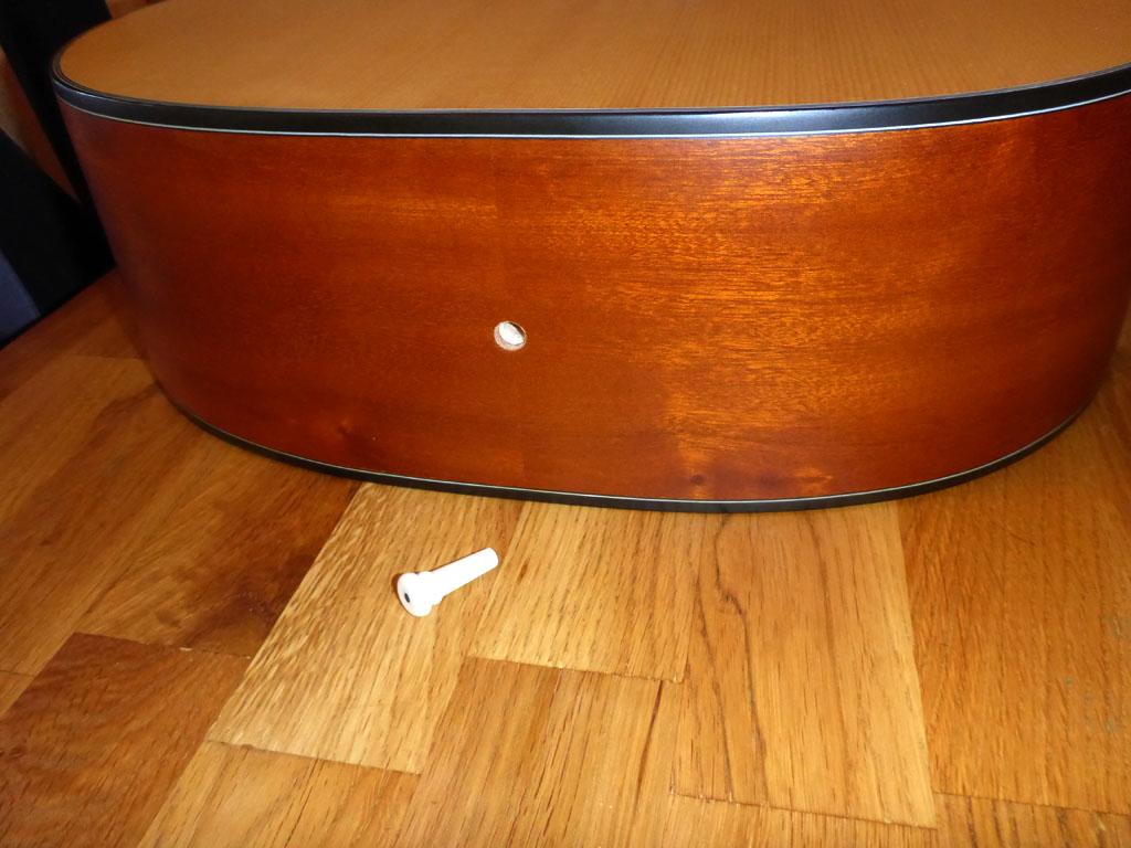 Gurtpin gold für Gitarre mit Schraube gold 1 Stück Göldo Security Lock Endpin