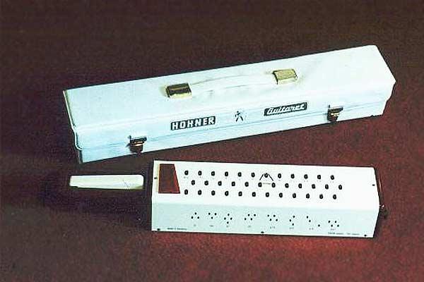 Hohner Guitaret.jpg