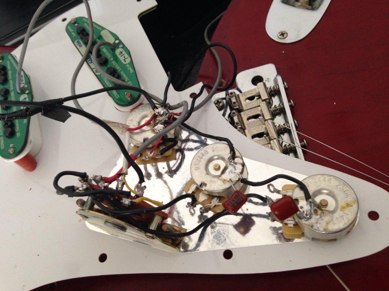 Fender Stratocaster Pickups falsch gelötet?? | Musiker-Board