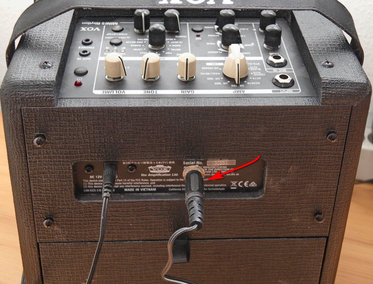 IMG_0502Vox mini5 Rhythm Fußtaster modden.jpg