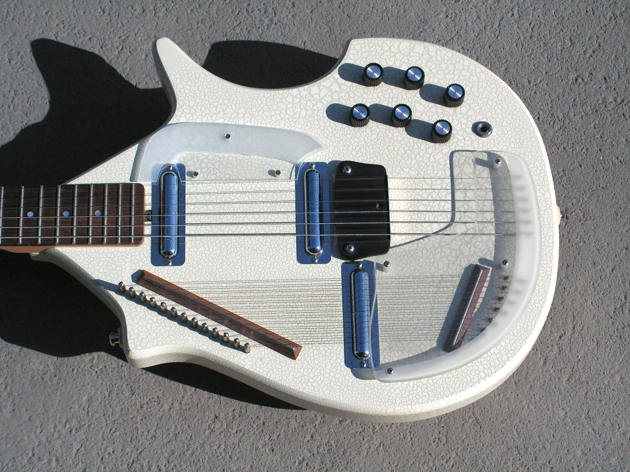 jerry jones master sitar 2000 white body.jpg