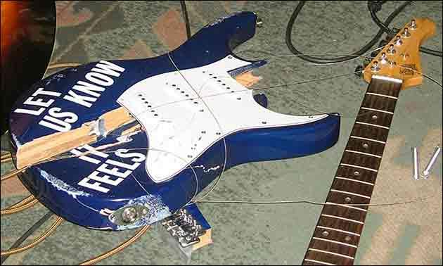 Kaputte Gitarre
