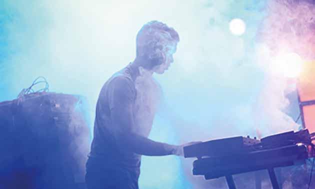 keyboarder-live-mainstage