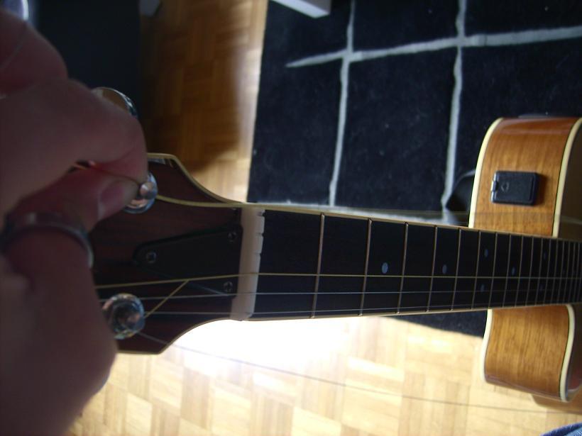 Besaitung Gitarre