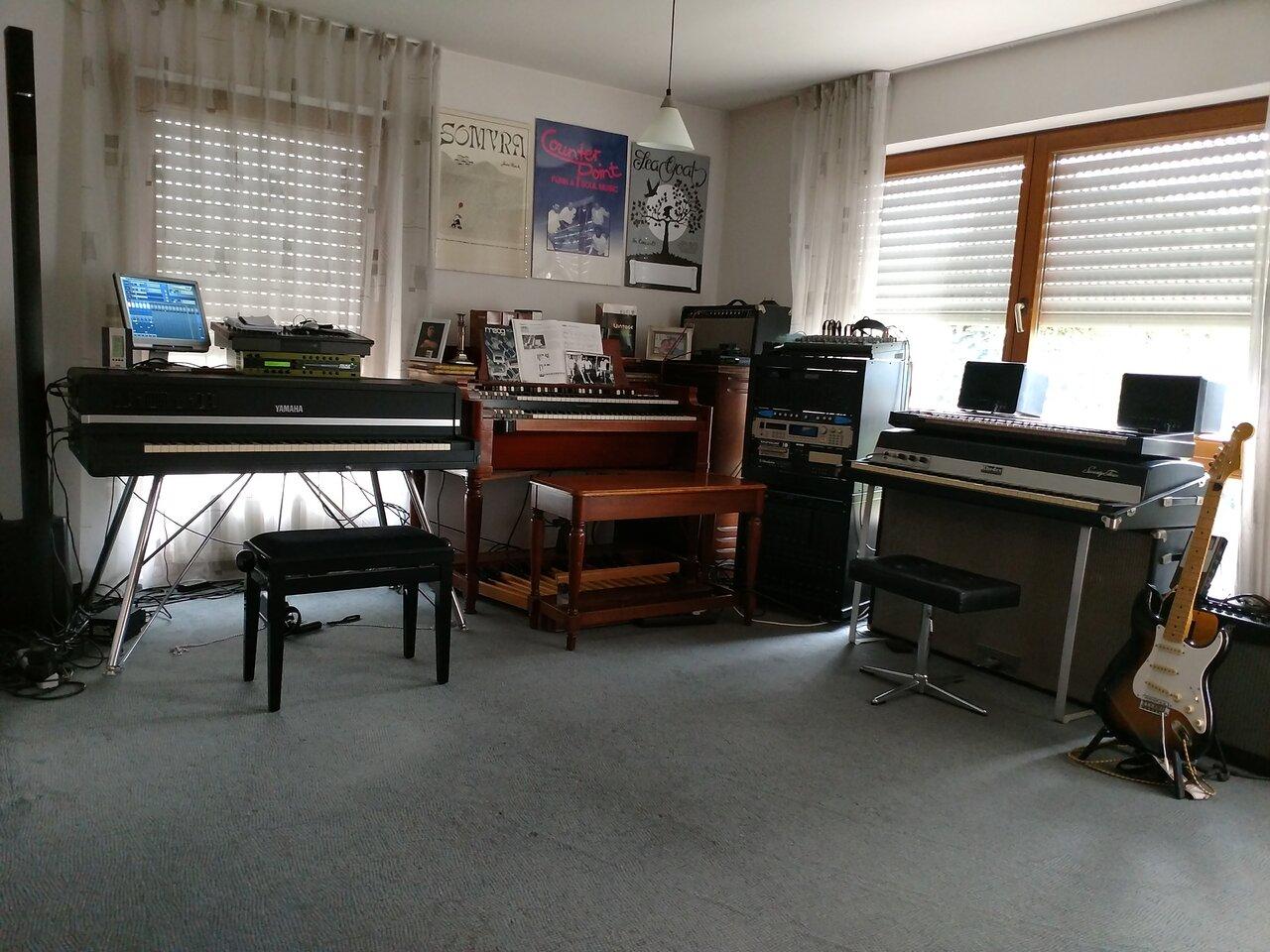 Matzes Keyboard Museum.jpg