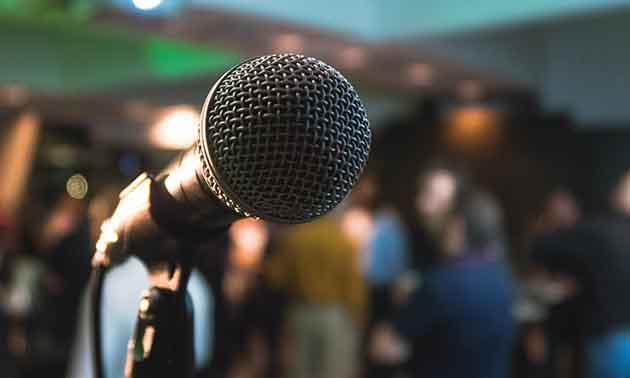 gesangsmikrofon-mikrofonie
