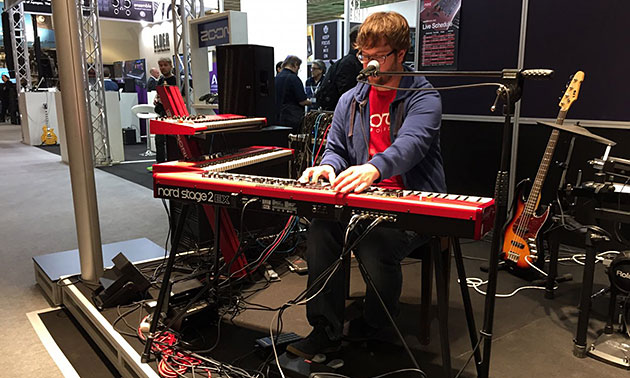 Nord Stage 2 live