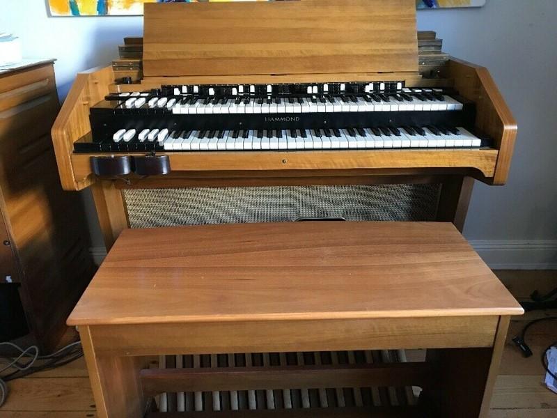 Orgel von Vorn.jpg