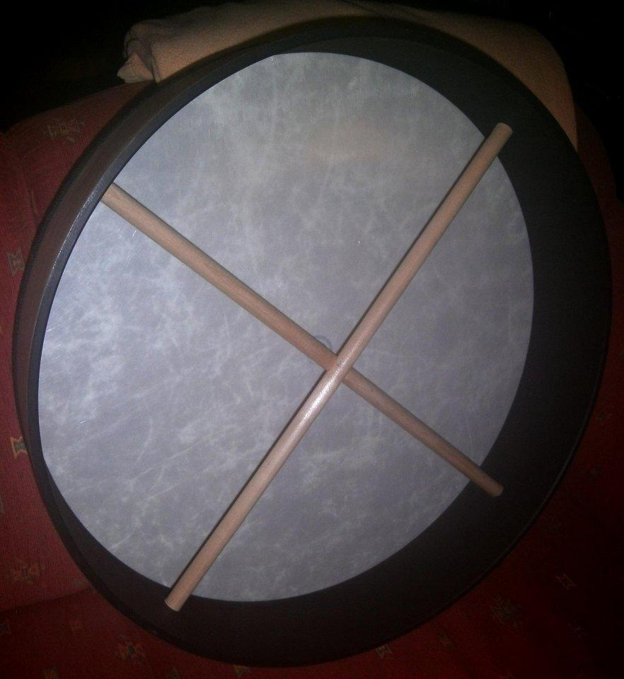 Suche Frame drum mit Synthetikfell als Ersatzinstrument | Musiker-Board