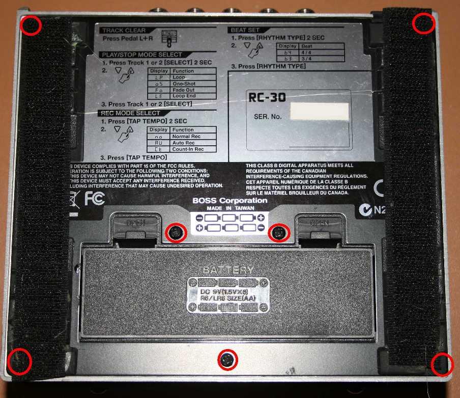 Umbau eines Boss RC-30 - Fußschalter auf externen Schalter legen ...