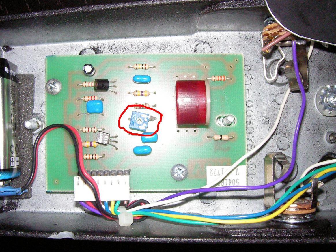100979d1240661337-suche-wah-pedal-f-r-clean-sound-sany0090.jpg