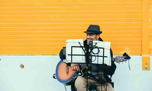 singer-songwriter-equipment