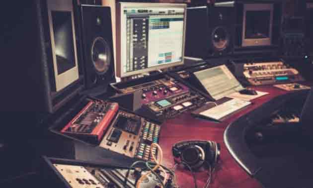 studio-controller-mackie-big-knob