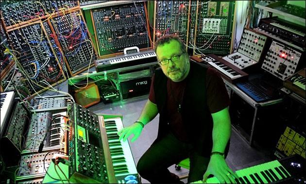 Analog Synthesizer Keys Heaven