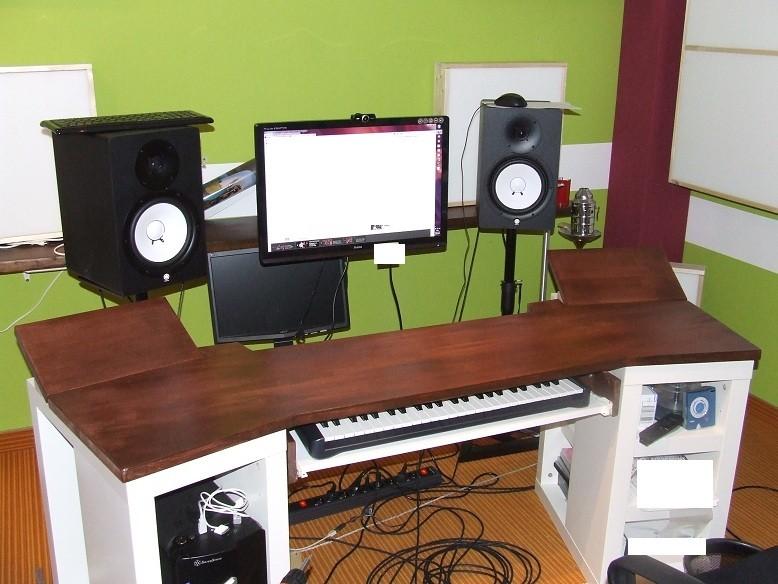 Hervorragend Homerecording-Studiotisch gebaut | Musiker-Board QR06