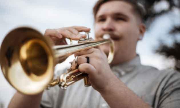 trompete-ueben-lautstaerke-daemmen