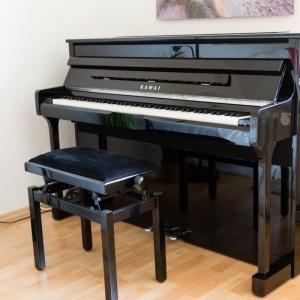 gebrauchte e pianos kaufen und verkaufen musiker board. Black Bedroom Furniture Sets. Home Design Ideas