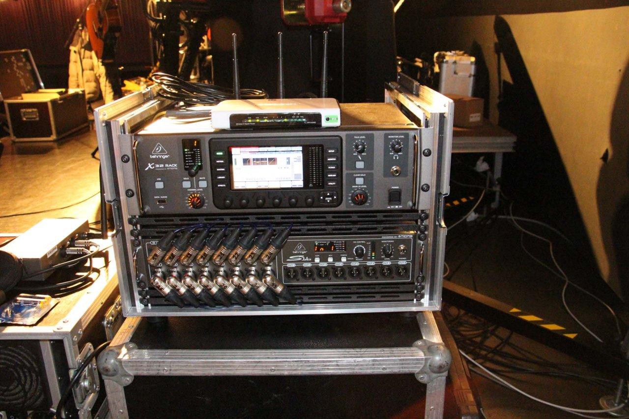 Bhnen Monitor Anlage Mit Behringer X32 Rack Und P16 M Musiker Board Live Performance Setup With S16 And System Album Projekt X32r P16m