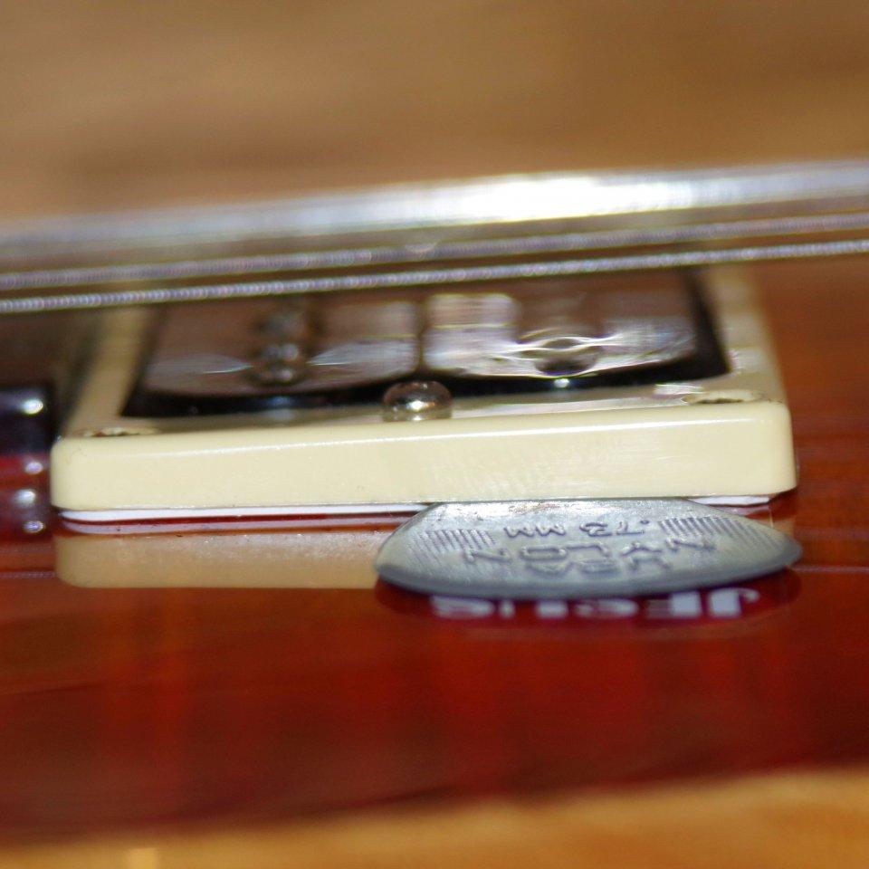 Modifikationstrick für Finger- & Plektrumspieler - Das Plek an der ...